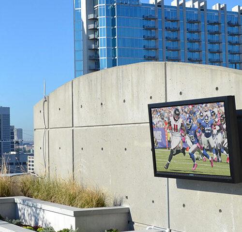 Un televisor de exterior requiere de cuidados.