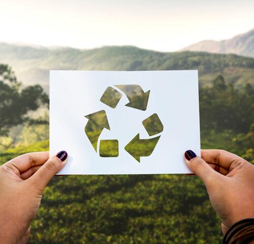cuida al planeta con la tecnología
